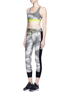 The Upside'Valley Palms' print cropped performance leggings