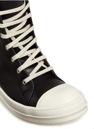 Detail View - Click To Enlarge - Rick Owens - Side zip leather high top sneakers