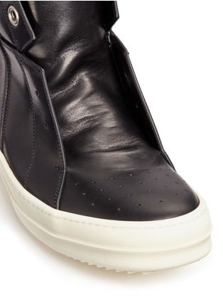 Detail View - Click To Enlarge - Rick Owens - 'Island Dunk' leather laceless mid top sneakers