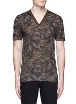 Digital camouflage print V-neck T-shirt