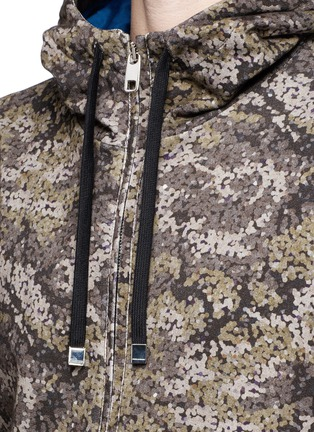 Detail View - Click To Enlarge - Dolce & Gabbana - Digital camouflage print hoodie