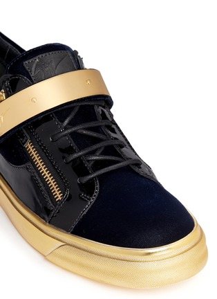 Detail View - Click To Enlarge - Giuseppe Zanotti Design - 'London' velvet low top sneakers