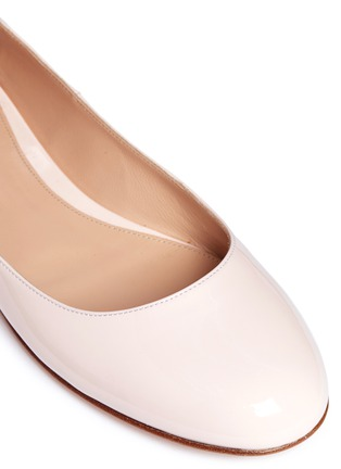 Detail View - Click To Enlarge - Gianvito Rossi - 'Odette' ribbon tie patent leather ballerinas