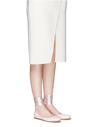 Figure View - Click To Enlarge - Gianvito Rossi - 'Odette' ribbon tie patent leather ballerinas