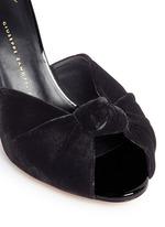 Coline扭结设计天鹅绒高跟凉鞋