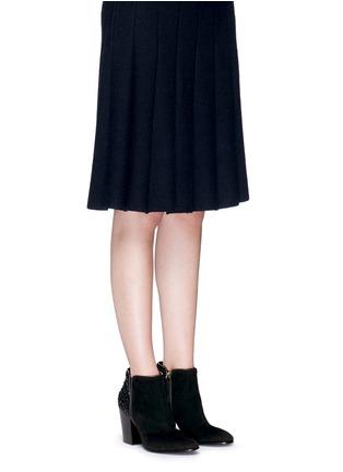 模特儿示范图 - 点击放大 - GIUSEPPE ZANOTTI DESIGN - NICKY仿水晶绒面皮短靴