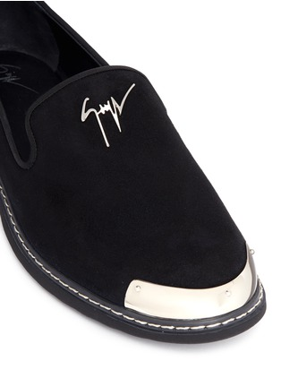 Detail View - Click To Enlarge - Giuseppe Zanotti Design - 'Kevin' metal toe cap suede slip-ons