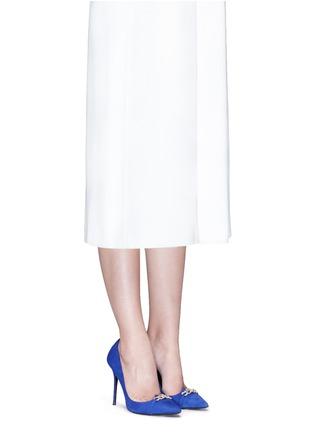 模特儿示范图 - 点击放大 - GIUSEPPE ZANOTTI DESIGN - Lucrezia仿水晶装饰绒面皮高跟鞋