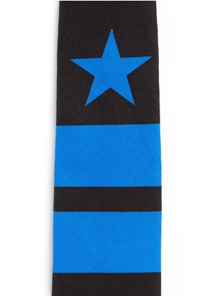Detail View - Click To Enlarge - Givenchy Beauty - Star and bar stripe print cotton tie