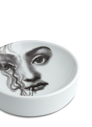 Detail View - Click To Enlarge - Fornasetti - Themes and Variations round ashtray #081