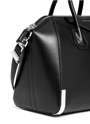 - Givenchy - 'Antigona' medium leather bag