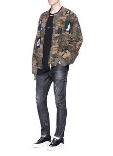 Ben Taverniti Unravel Project Skull appliqué camouflage padded bomber jacket