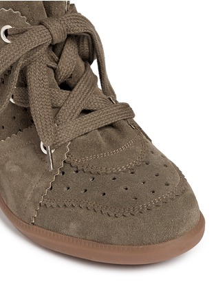 Detail View - Click To Enlarge - Isabel Marant Étoile - 'Bobby' perforated nubuck leather concealed wedge sneakers