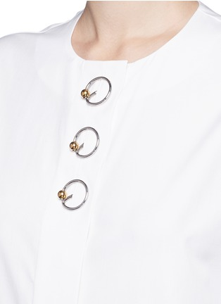 Detail View - Click To Enlarge - Balenciaga - Ring detail cotton Oxford shirt