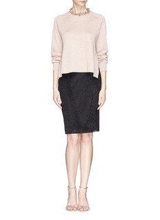 ST. JOHN Floral guipure lace pencil skirt