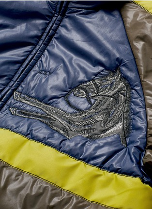 Detail View - Click To Enlarge - Saam1 - 3M reflective Mongolian horse embroidered reversible padded jacket