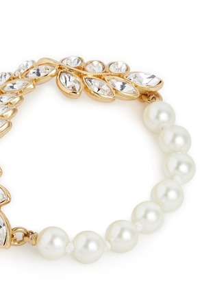 Detail View - Click To Enlarge - Kenneth Jay Lane - Glass pearl crystal leaf bracelet