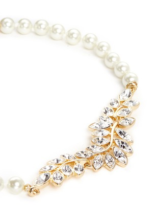 Detail View - Click To Enlarge - Kenneth Jay Lane - Glass crystal leaf pearl choker necklace