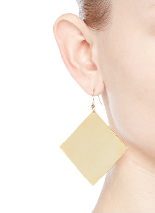 Figure View - Click To Enlarge - Kenneth Jay Lane - Square and circle plated earrings