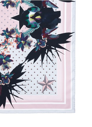 Detail View - Click To Enlarge - Givenchy Beauty - 'Ultra Paradise' floral silk twill scarf