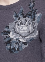 Digital rose patch T-shirt