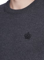 Crown embroidery wool sweater