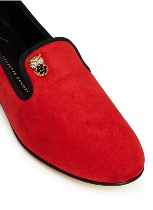 Detail View - Click To Enlarge - Giuseppe Zanotti Design - 'Dalila' crystal pavé owl charm suede loafers