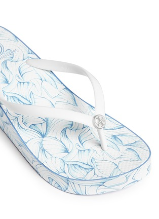 Detail View - Click To Enlarge - Tory Burch - 'Thandie' floral print wedge flip flops