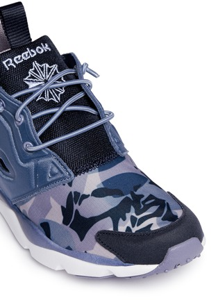 Detail View - Click To Enlarge - Reebok - 'FuryLite Candy Girl' geometric print sneakers