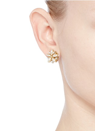 Figure View - Click To Enlarge - Miriam Haskell - Filigree floral Baroque pearl stud earrings