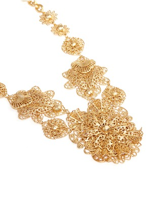Detail View - Click To Enlarge - Miriam Haskell - Filigree flower statement necklace