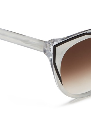 Detail View - Click To Enlarge - Thierry Lasry - 'Polygamy' metal corner pearlescent acetate cat eye sunglasses