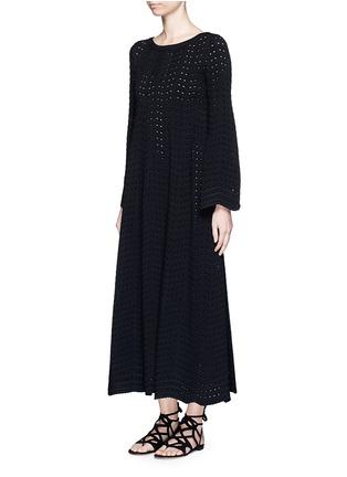 模特儿示范图 - 点击放大 - ALAÏA - 几何折纹镂空连衣裙