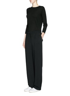THE ROW 'Ghent' centre back trim silk-cashmere sweater