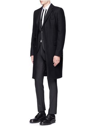 模特儿示范图 - 点击放大 - NEIL BARRETT - 拼色条纹纯棉衬衫