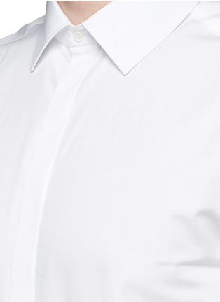 Detail View - Click To Enlarge - Neil Barrett - Thunderbolt pin faux leather tie tuxedo shirt