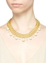 Glass pearl drop interlocked chain necklace