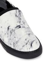 Elastic strap marble print leather skate slip-ons