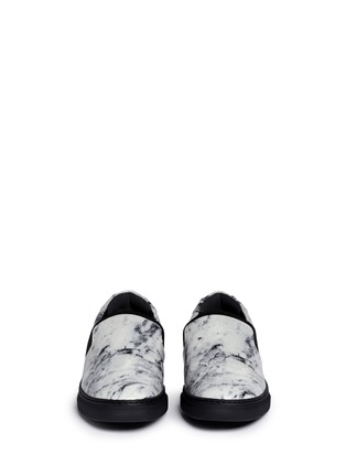 Front View - Click To Enlarge - Balenciaga - Elastic strap marble print leather skate slip-ons
