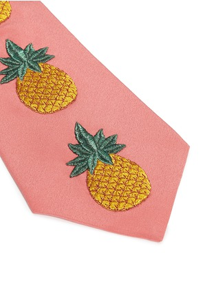 Detail View - Click To Enlarge - Gucci - Pineapple embroidery silk crepe tie