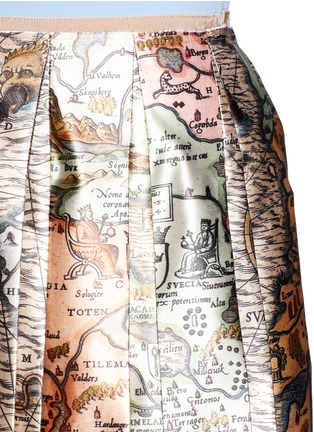 Detail View - Click To Enlarge - Gucci - 'Sea Map' print silk duchesse satin skirt