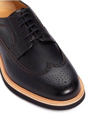 Detail View - Click To Enlarge - Armani Collezioni - Longwing brogue leather Derbies