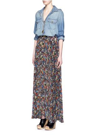 Figure View - Click To Enlarge - alice + olivia - 'Shannon' floral print plissé pleat chiffon maxi skirt