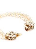 Crystal floral clasp pearl bracelet