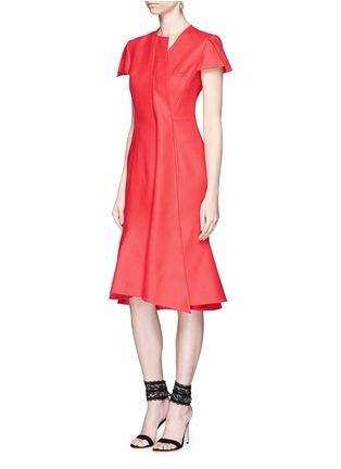 模特儿示范图 - 点击放大 - ANIRAC - 不对称垂褶缀饰羊毛鱼尾裙
