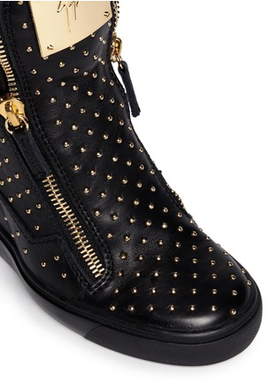 Detail View - Click To Enlarge - Giuseppe Zanotti Design - 'Lorenz' stud leather wedge sneakers