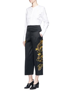Ms MIN Sequin dragon embroidery cropped satin pants