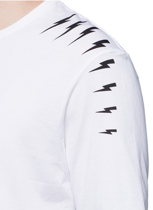 Detail View - Click To Enlarge - Neil Barrett - Thunderbolt print T-shirt
