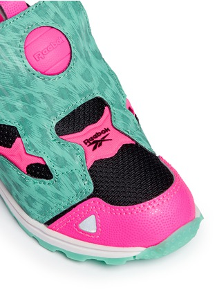 Detail View - Click To Enlarge - Reebok - 'Versa Pump Fury SYN' animal print toddler sneakers