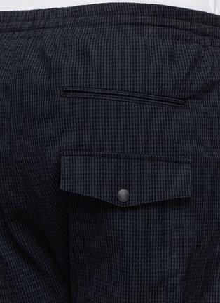 Detail View - Click To Enlarge - MAURO GRIFONI - Elastic waist stripe seersucker pants
